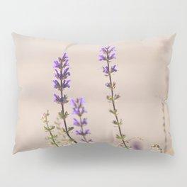 roaming in the garden Pillow Sham