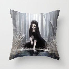 Ice mirror Throw Pillow