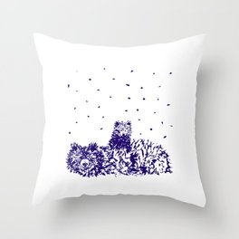 Mama and baby bear Throw Pillow