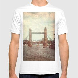 Tower Bridge 2 T-shirt