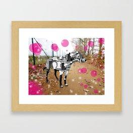 Bunter Hund Framed Art Print