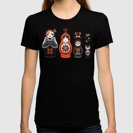 Russian Nesting Dolls – Red & Black T-shirt