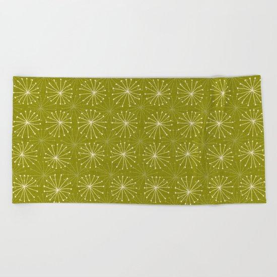 seedheads green Beach Towel