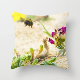the flight of bumble bee on the bunes Throw Pillow