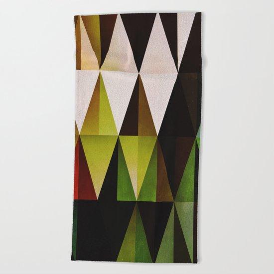 green yyyr Beach Towel