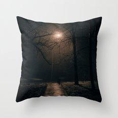 Μορφεύς Throw Pillow