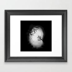 Dark paysage Framed Art Print