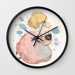 Hiver Wall Clock