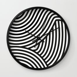 Moving lines Wall Clock