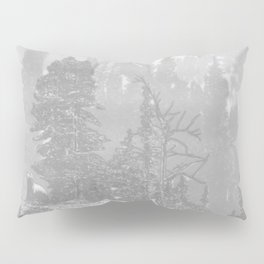 Bear in the mountains Pillow Sham