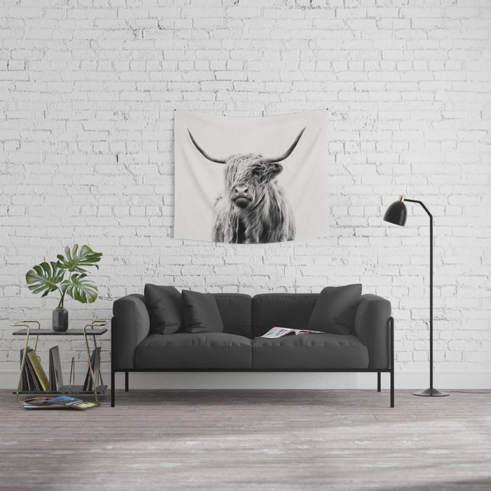 portrait of a highland cow Wall Tapestry