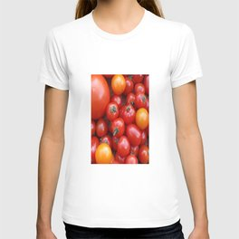 SIMPLY TOMATOES! T-shirt