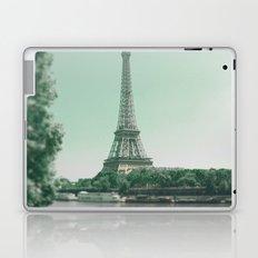 Paris - Eiffel Tower - Blue Sky - sunny days in Paris Laptop & iPad Skin