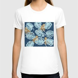 LEOPARDS IN THE JUNGLE T-shirt