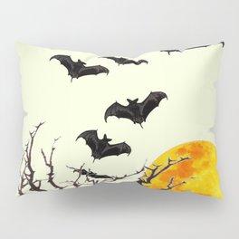 GOTHIC HALLOWEEN FULL MOON BLACK FLYING BATS DESIGN Pillow Sham
