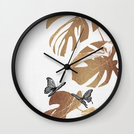 Fluttering Nature I Wall Clock