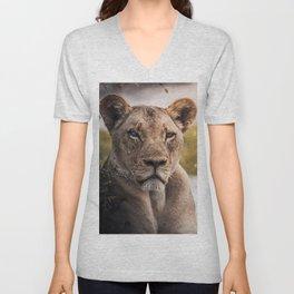 Lion nature Unisex V-Neck