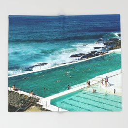 Bondi living Throw Blanket