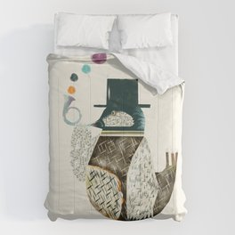 the dapper bird Comforters