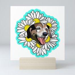 white daisy  Mini Art Print