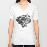middle earth V-neck T-shirts featuring Middle Earth New Zealand by Guiso