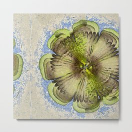 Diastaltic Wraith Flower  ID:16165-040334-27340 Metal Print