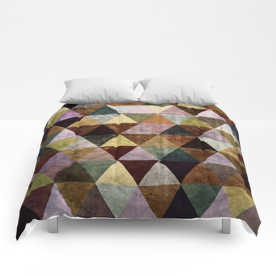 Abstract #391 Comforters