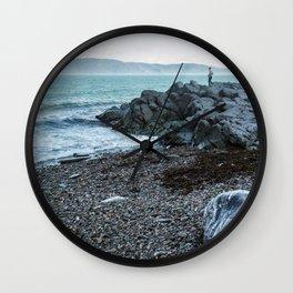 La vie sur le fleuve Wall Clock