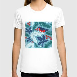 Christmas Tree With Bird and Holly Pattern T-shirt