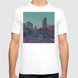 Pop city. T-shirt