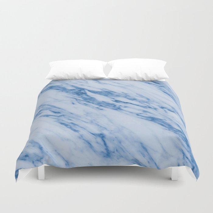 Azure Blue Marble on Marshmallow Cream Bettbezug