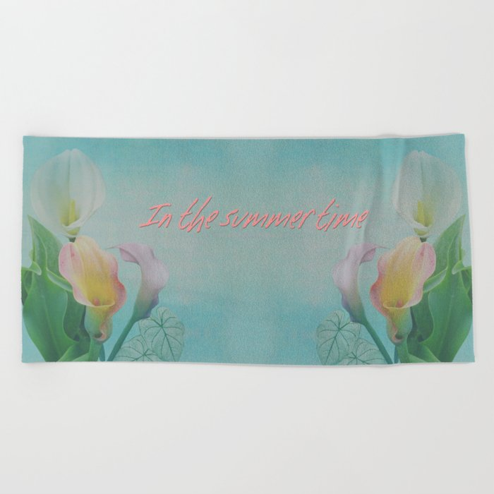 Painterly Calla flowers and leaves Beach Towel