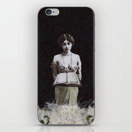 The High Priestess #2 iPhone Skin