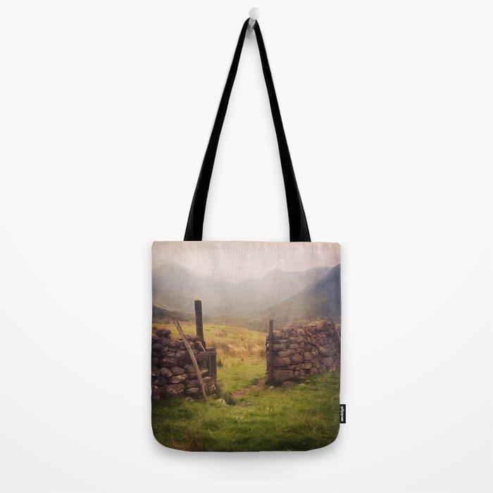 Ben Nevis Mountian range Tote Bag