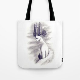 One Eyed Queen Tote Bag