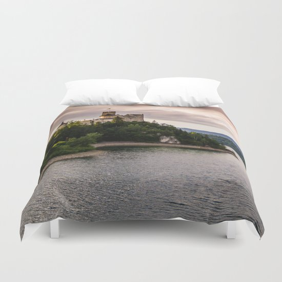 Dunajec Castle In Niedzica Duvet Cover