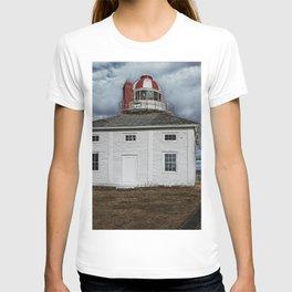Lighthouse in Newfoundland, Canada T-shirt