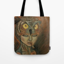 stare of an owl Tote Bag
