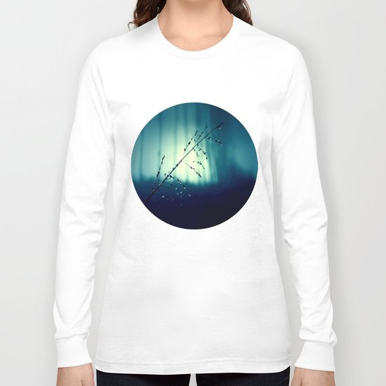 Blue Willow in the rain Long Sleeve T-shirt