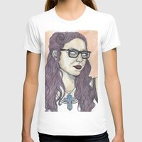 alex vause T-shirts featuring Vause OITNB by Ashley Rowe