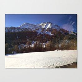 montagna Canvas Print