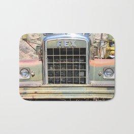 Rex Grill, Old truck Grill Bath Mat