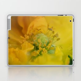 Beautiful macro shot of a poppy flower Laptop & iPad Skin