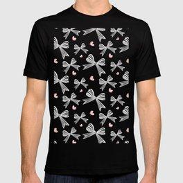 Pink bow heart T-shirt