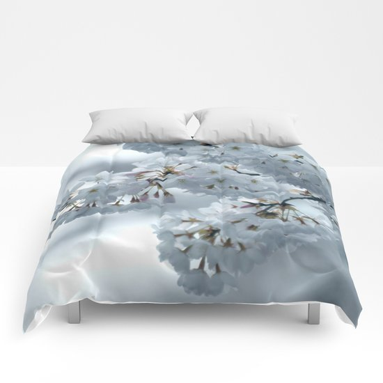 COOL BLOSSOMS Comforters