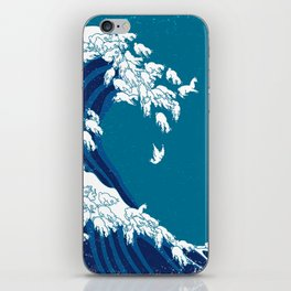 Waves Llama iPhone Skin