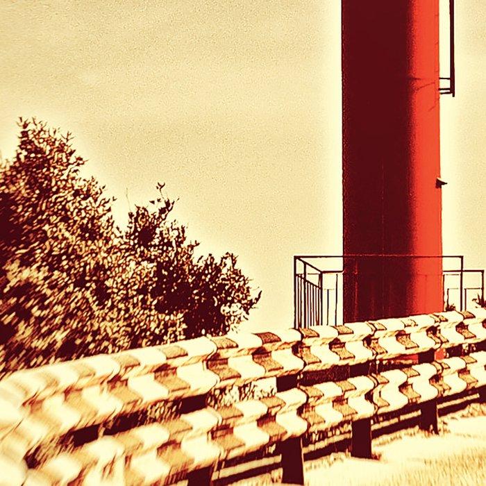Lighthouse on the road Leggings