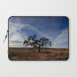 Lone Oak Tree, Laguna de Santa Rosa, Sonoma County Laptop Sleeve