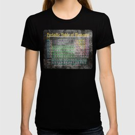 Old School Periodic Table Of Elements - Chalkboard Style T-shirt
