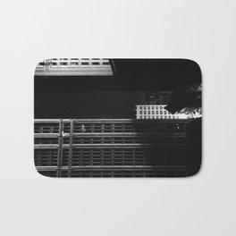 architecture immeuble noir blanc 4 Bath Mat